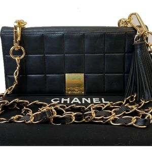 CERTIFIED AUTH. CHANEL CHOCOLATE BAR LONG WALLET